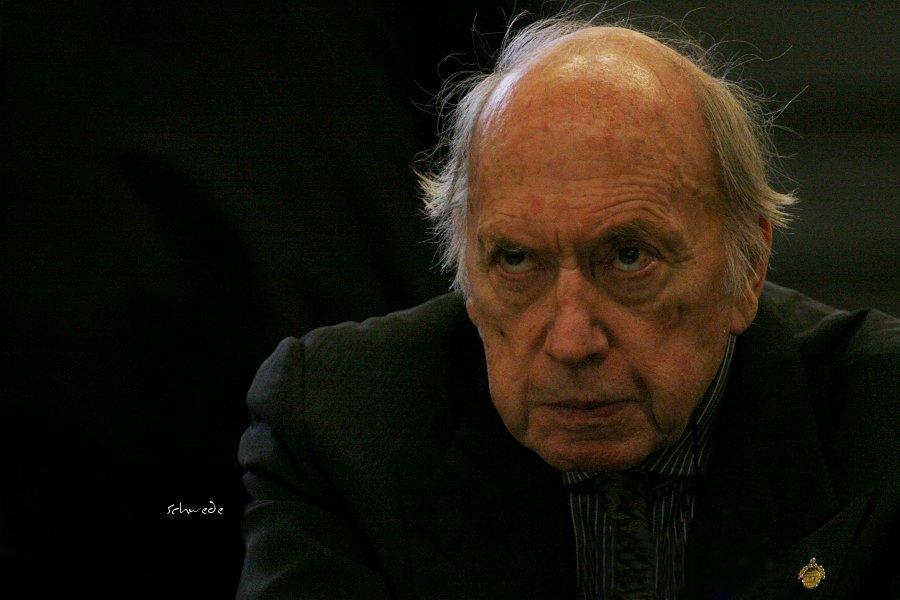 Herr Uwe Fischer, Allround-FCI Richter