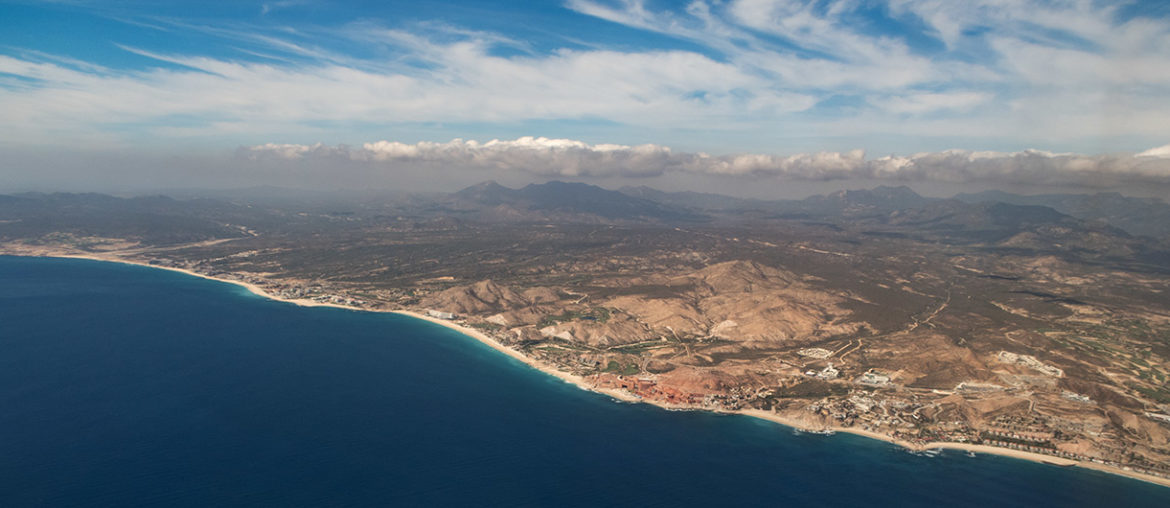 Anflug des Los Cabos International Airport