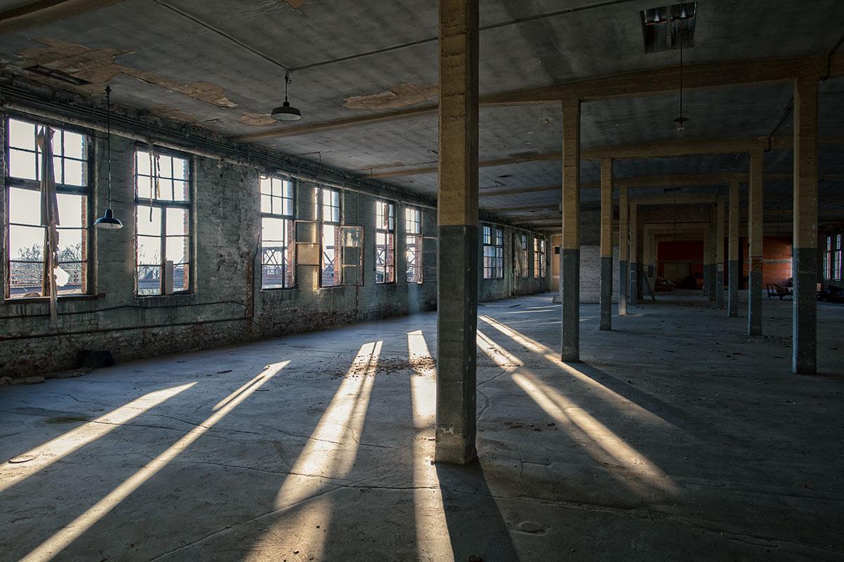 Riesige Räume in der ehemaligen Phrix Papierfabrik