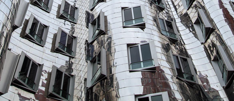 Das Gehry Haus im Düsseldorfer Medienhafen