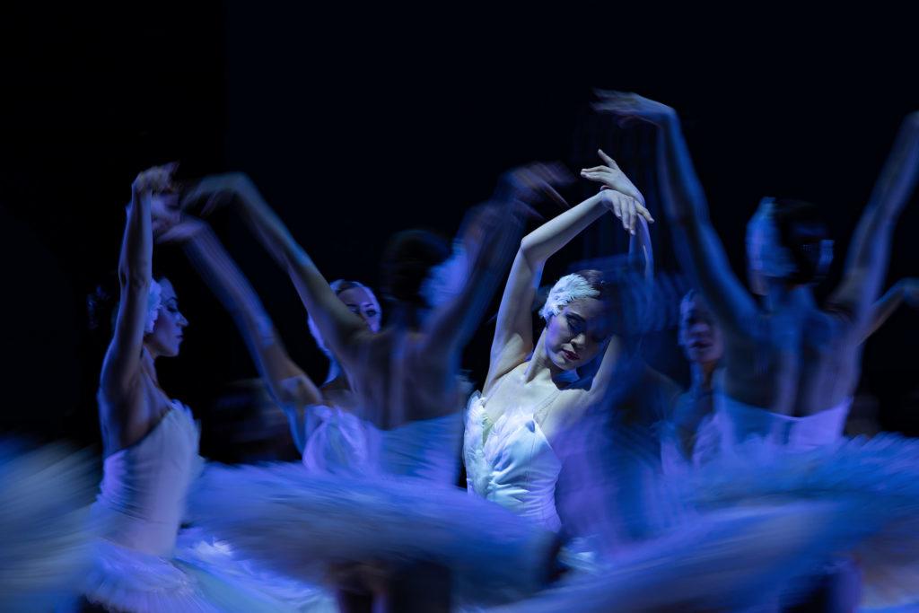 Schwanensee im Aalto Ballett Essen