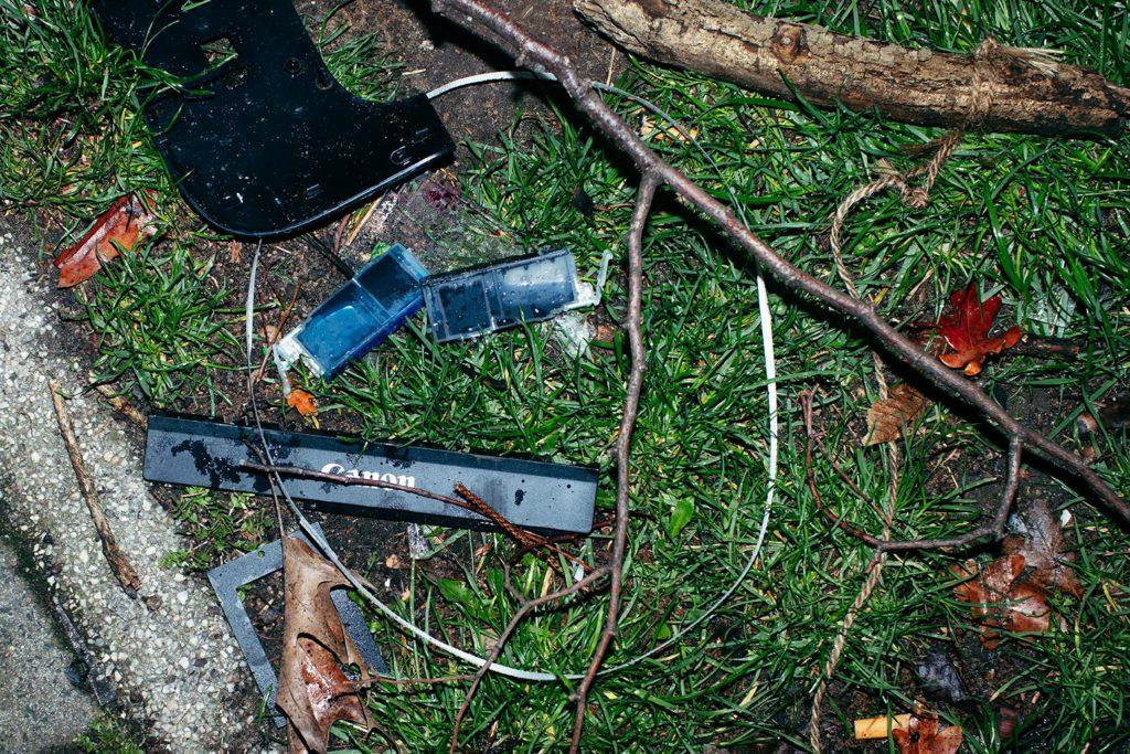 Ich bin fast sicher, dass das die Überreste eines Druckers sind. Irgendjemand hat sie neben einen Mülleimer geworfen. Sorry Canon, dafür kann ich nichts.