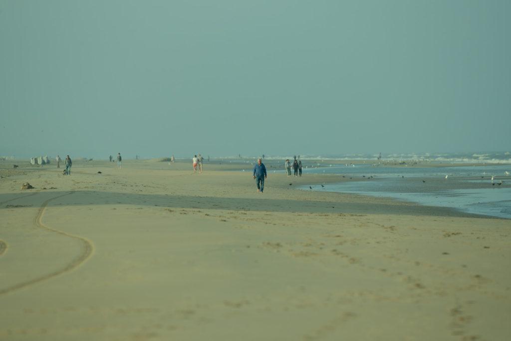 Ich gebe zu, ich bin verwöhnt, aber Menschen am Strand? Das kenn ich aus Frankreich gar nicht.